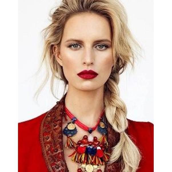 Топ 5 Цвята, подходящи за носене от блондинка